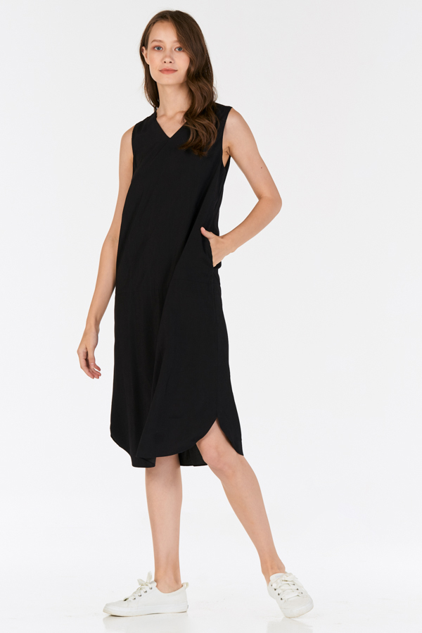 Wistora Two Way Midi Dress in Black