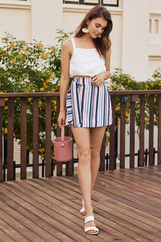 Colanna Stripes Knotted Skorts