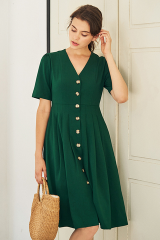 Caylin Buttoned Dress in Green