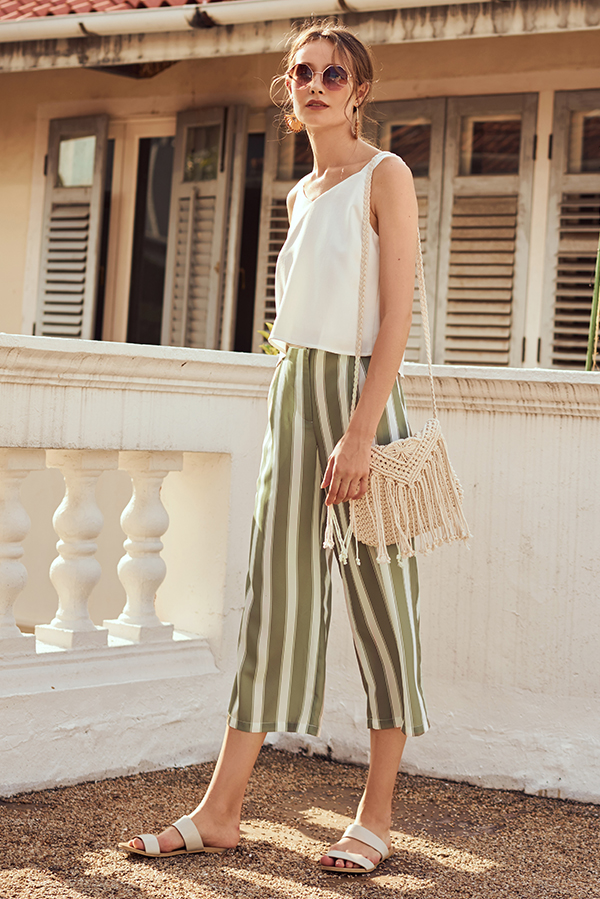 Andora Knitted Fringe Bag in Cream