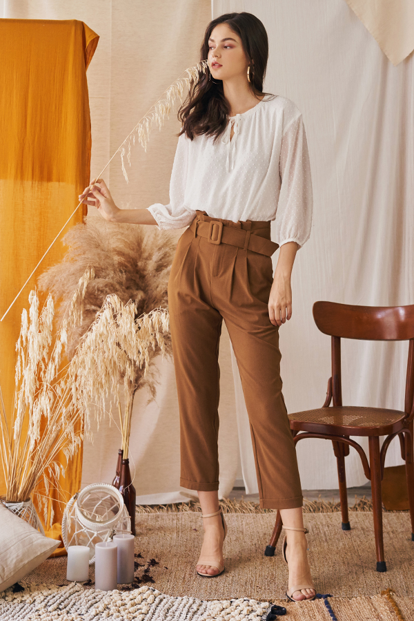 Ennira Paperbag Pants in Tan