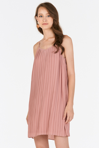 Gerena Pleated Dress in Pink