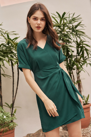 Rellena Knotted Dress in Green