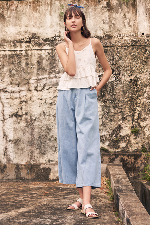 Flinda Denim Pants in Light Wash