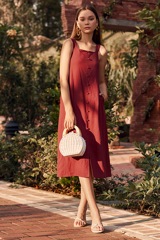 Darlyn Buttoned Dress in Brick Red