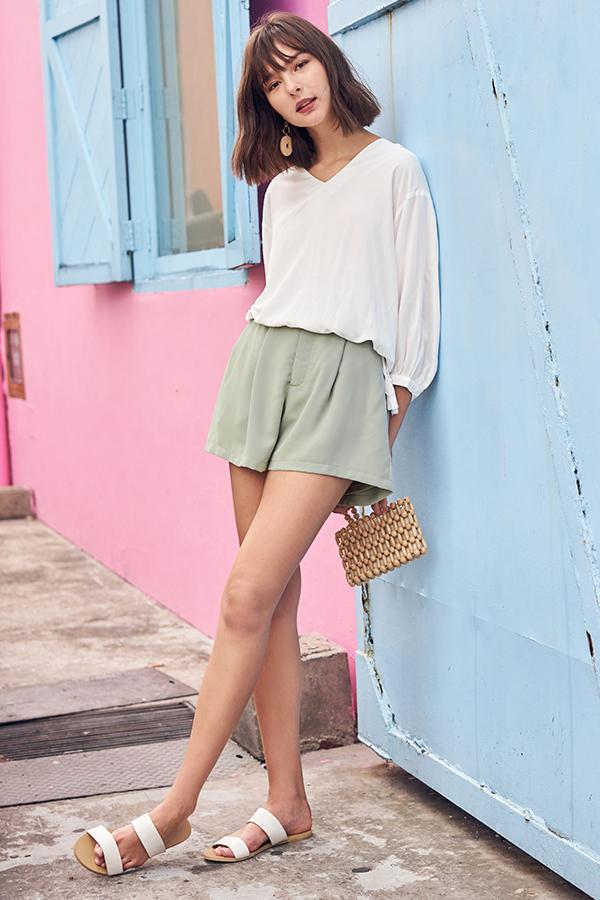 Della Shorts in Sage Green