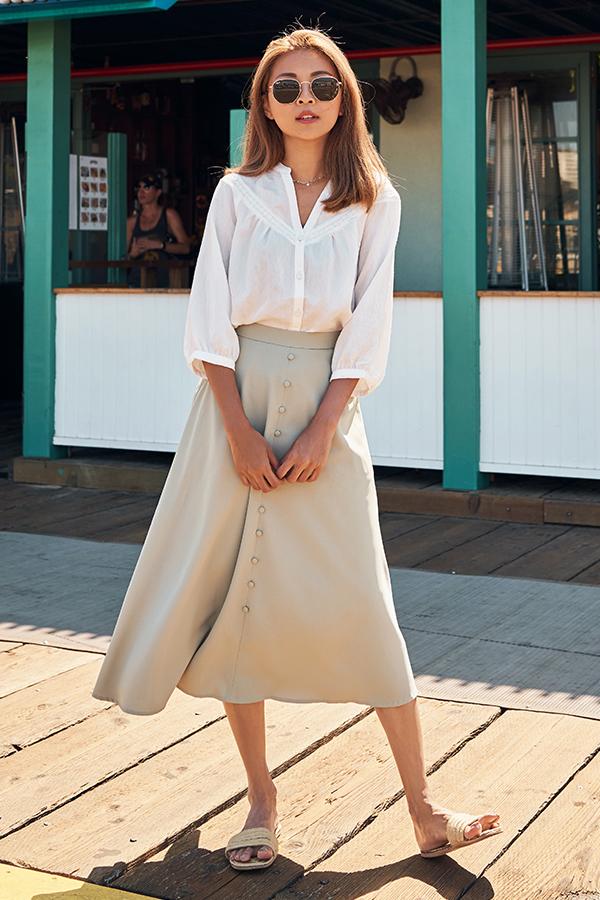 Kadeen Midi Skirt in Sage Green