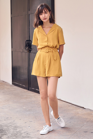 Della Collared Shirt in Mustard