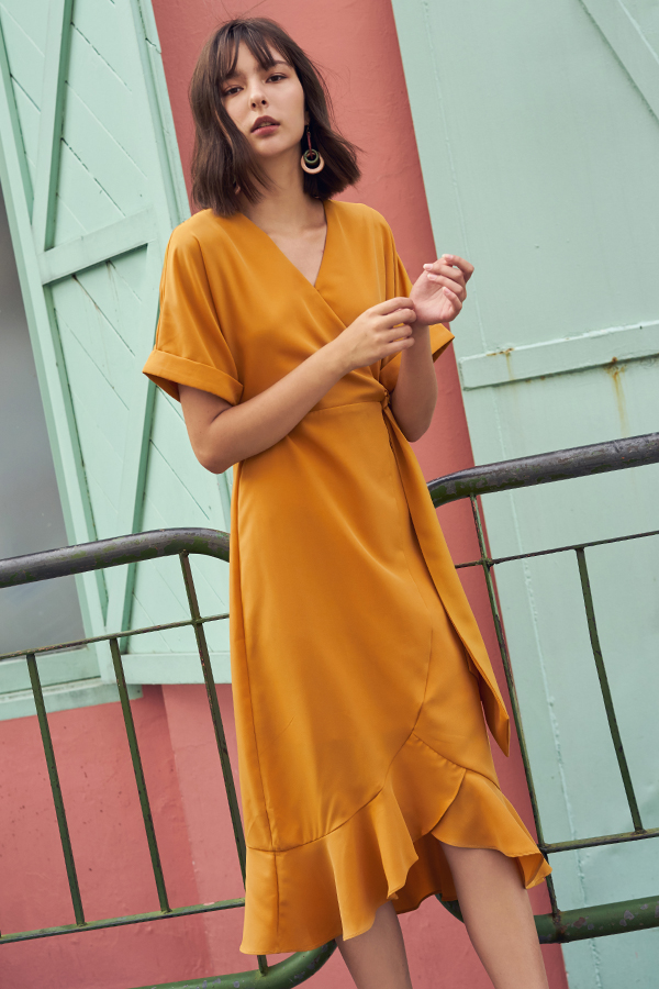 Lucerne Ruffled Midi Dress in Mustard