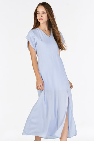 Jadean Sleeved Dress in Blue