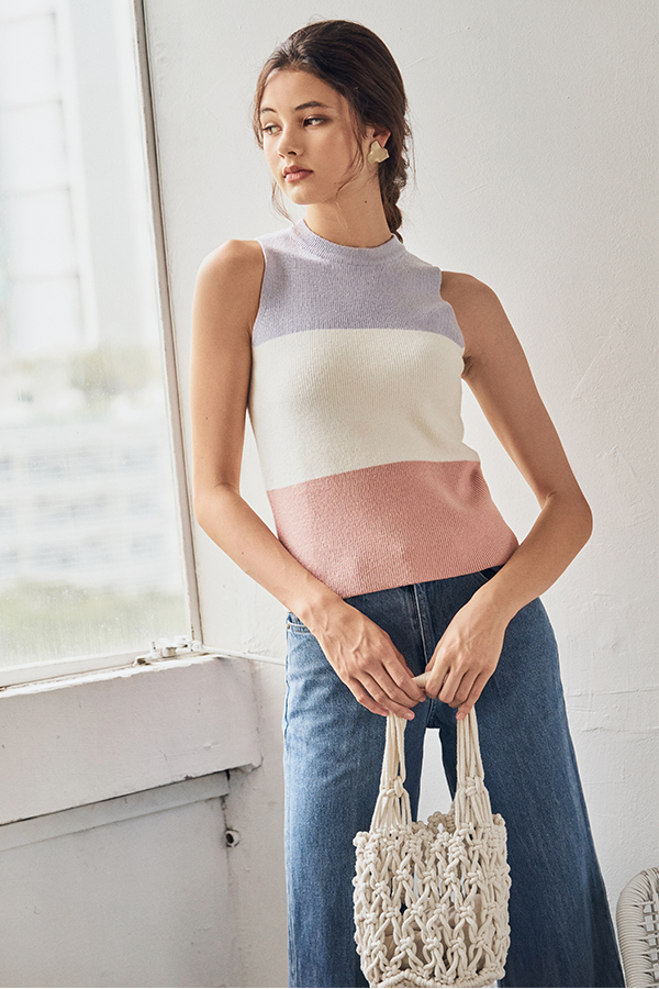 Kali Colourblock Knitted Top in Lilac