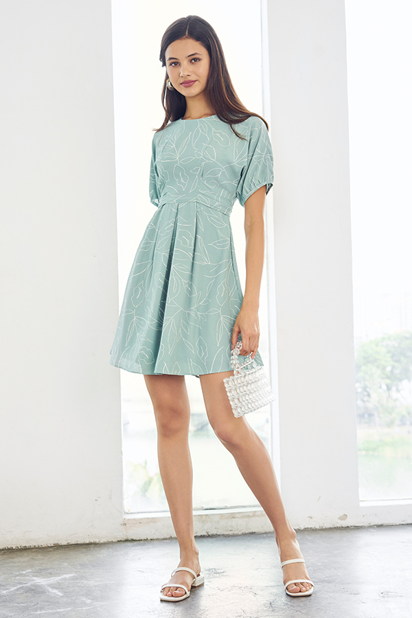 Madilyn Foliage Printed Dress in Seafoam