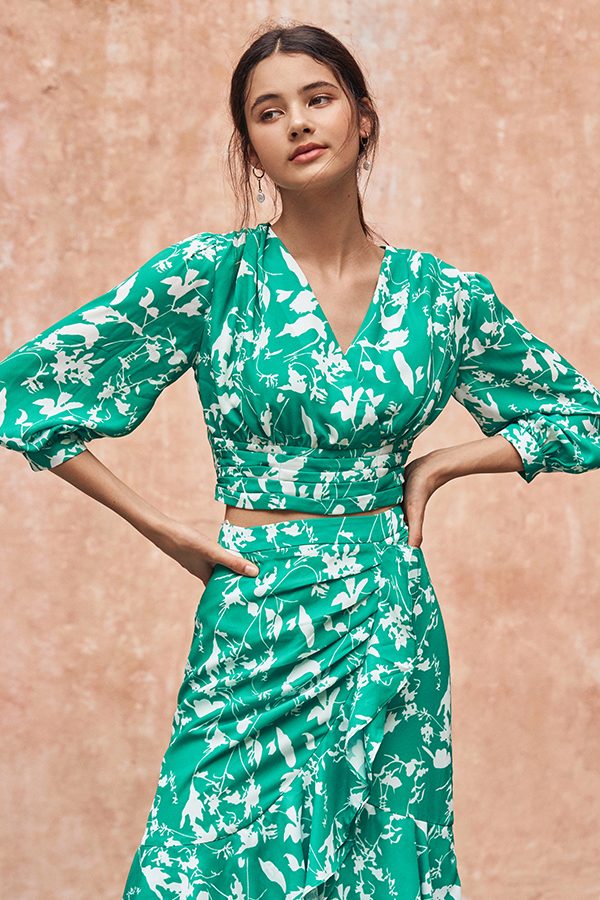 Ashlea Foliage Printed Bell Sleeved Top in Emerald Green