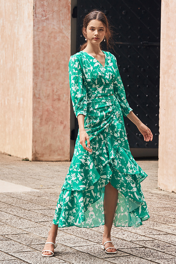 Ashlea Foliage Printed Ruffled Midi Skirt in Emerald Green