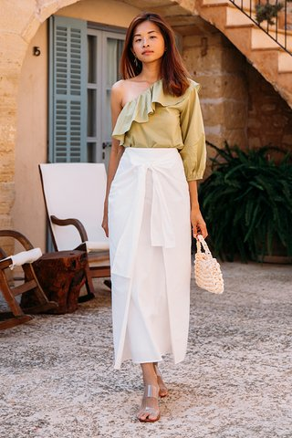 Imelda Knotted Bow Skirt in White