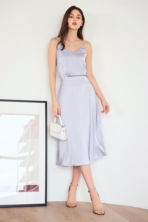 Caddie Satin Midi Skirt in Lilac