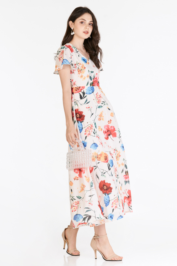 Mellia Sleeved Maxi Dress in Cream