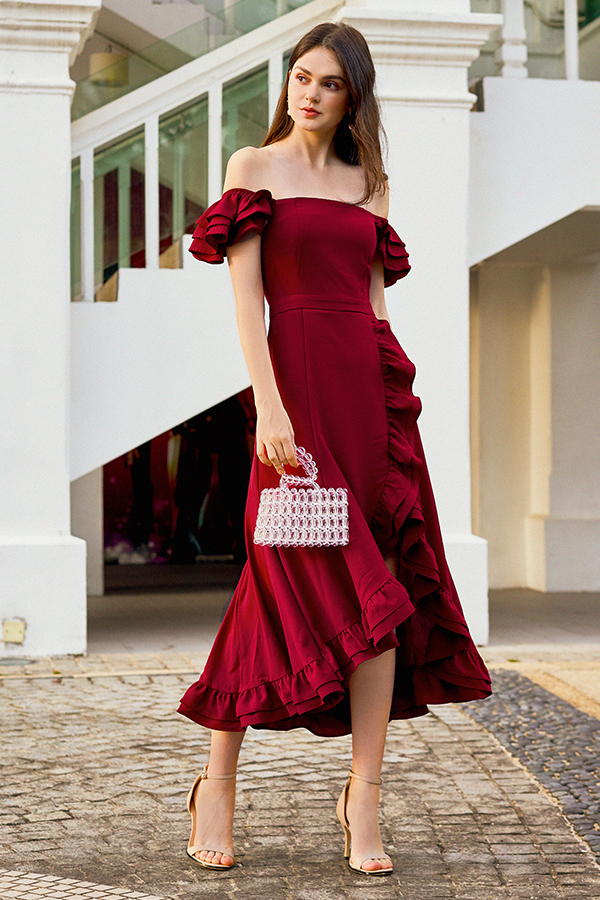 Maisha Ruffles Midi Dress in Wine