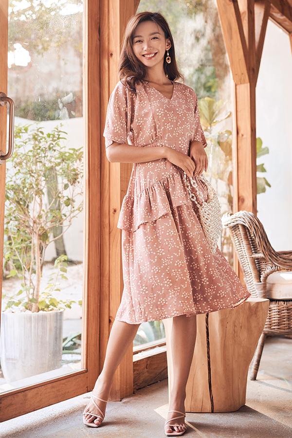Sheya Ruffled Midi Dress in Dusty Pink