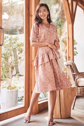 Sheya Ruffled Midi Dress in Dusty Pink