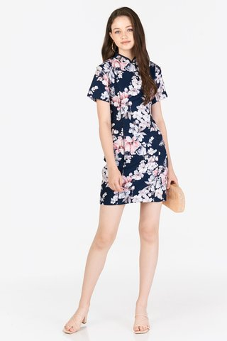 Lilou Qipao in Navy