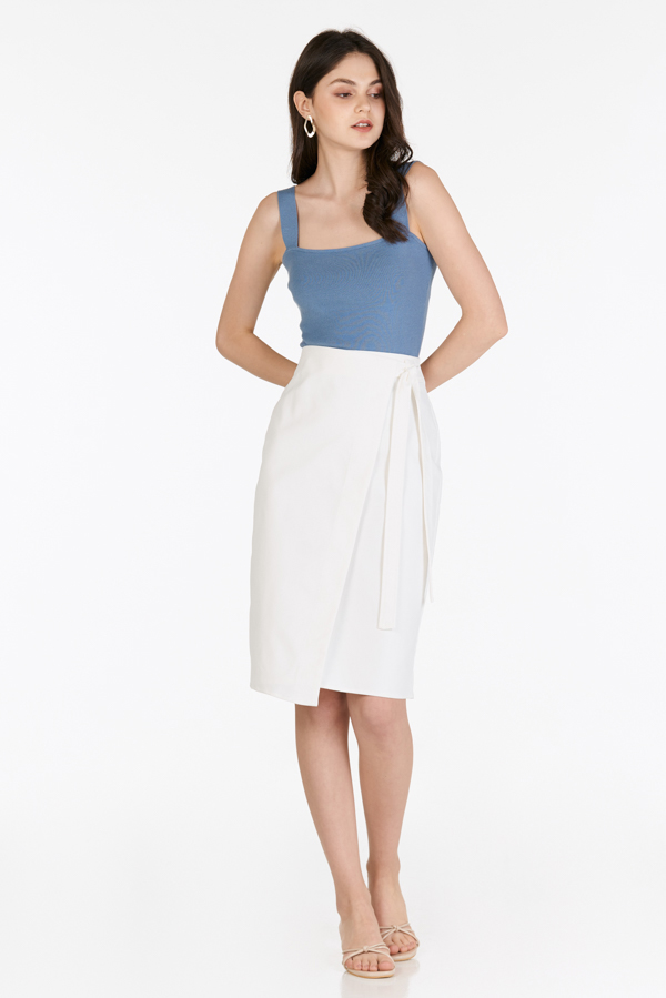 Cacey Side Knotted Midi Skirt in White
