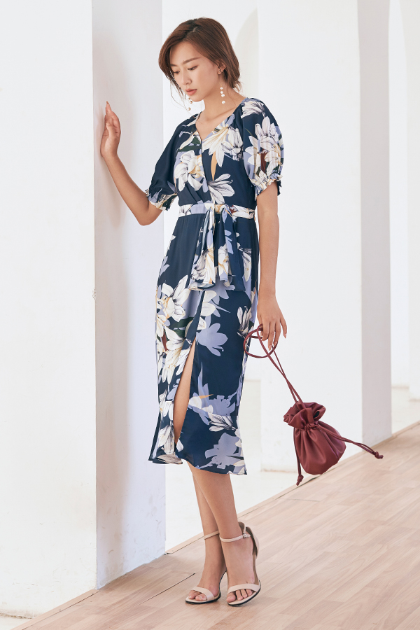 Jeanette Midi Dress in Navy