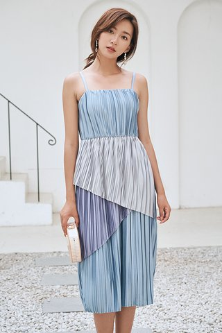 Raina Colourblock Pleated Midi Dress in Blue