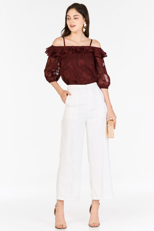 Dallia Floral Textured Top in Wine