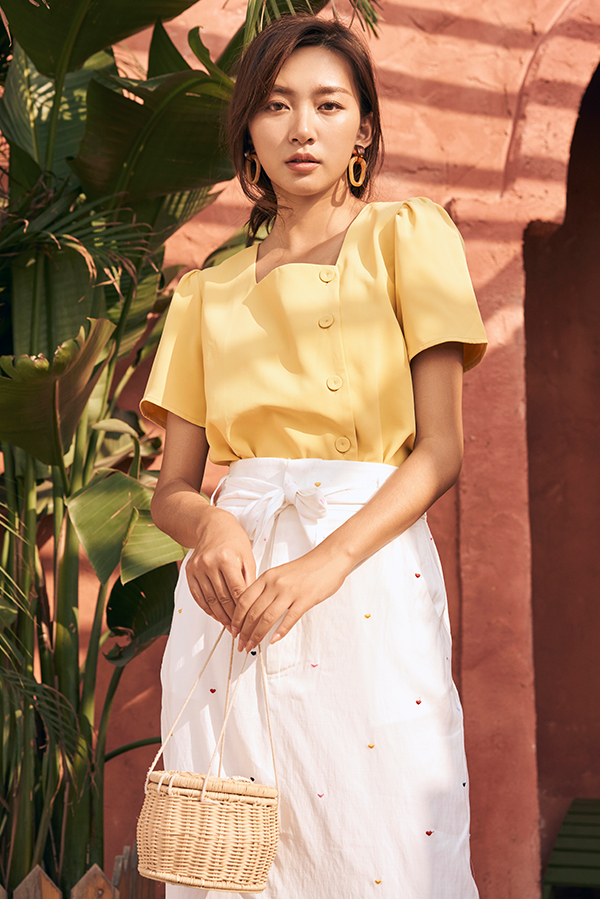 Irelyn Sleeved Top in Daffodil
