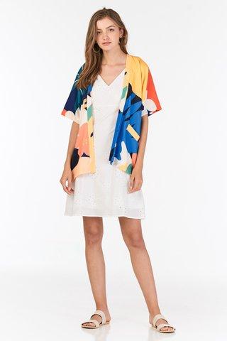 Akemmi Kimono in Vivid