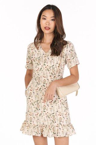 Delisa Sleeved Dress in Cream