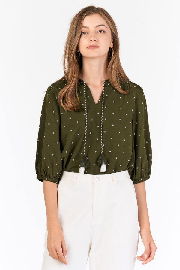 Gondale Tassel Top in Olive