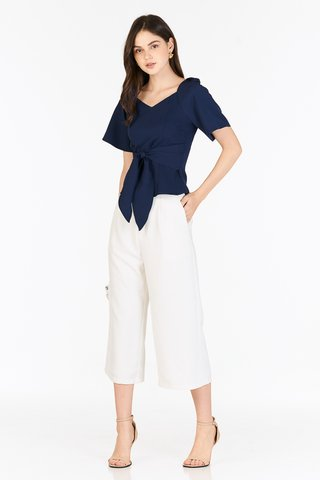 Gisela Blouse in Navy