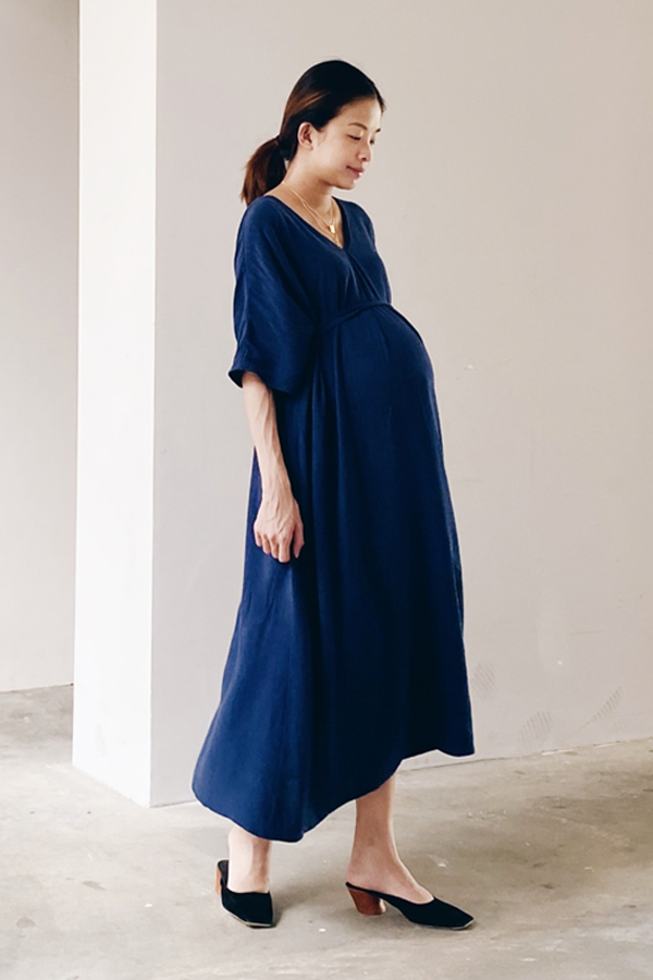 Brook Linen Midi Dress in Navy