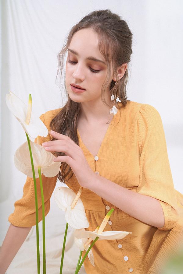 Lually Maxi Dress in Dandelion