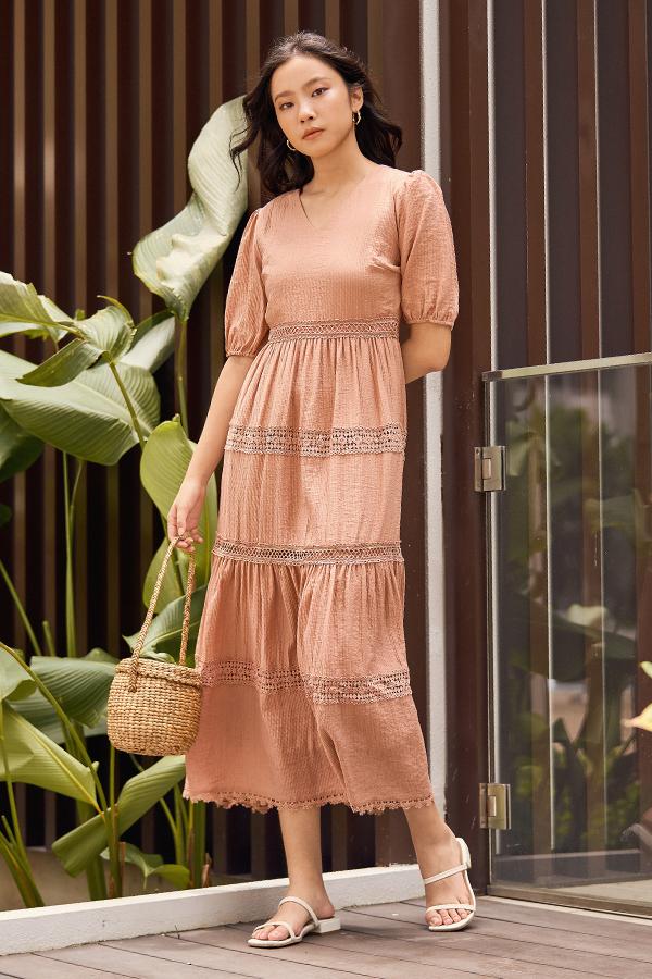 Elinde Maxi Dress in Sierra