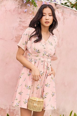 Calette Sleeved Dress in Pink
