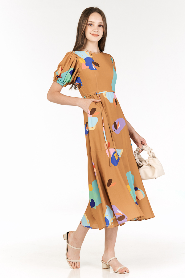Ordell Sleeved Midi Dress in Caramel