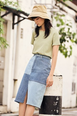 Andee Tee in Sage